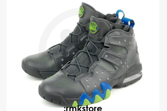 Nike Air Max Barkley Dark Grey Photo Blue Green Heels Pairiside 1