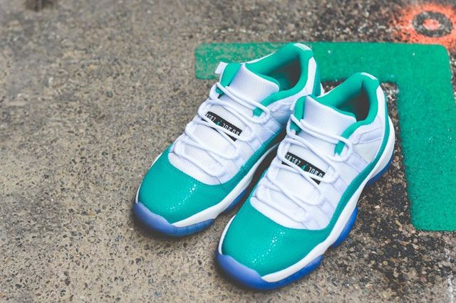 Air Jordan 11 Low Turbo Green Bump 5