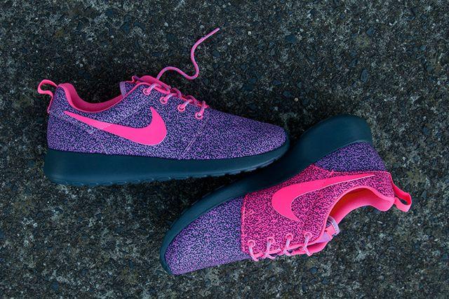 Nike Roshe Run Wmns Brain Print Pack