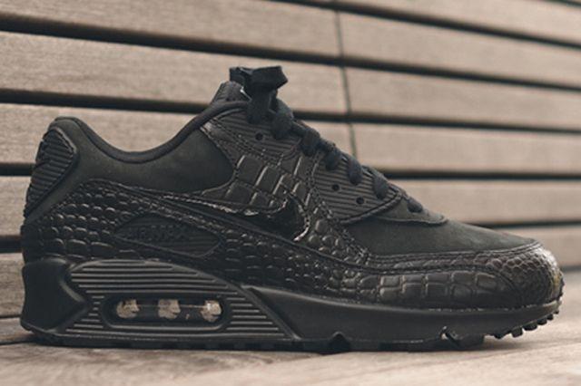 Nike Womens Croc Pack 90