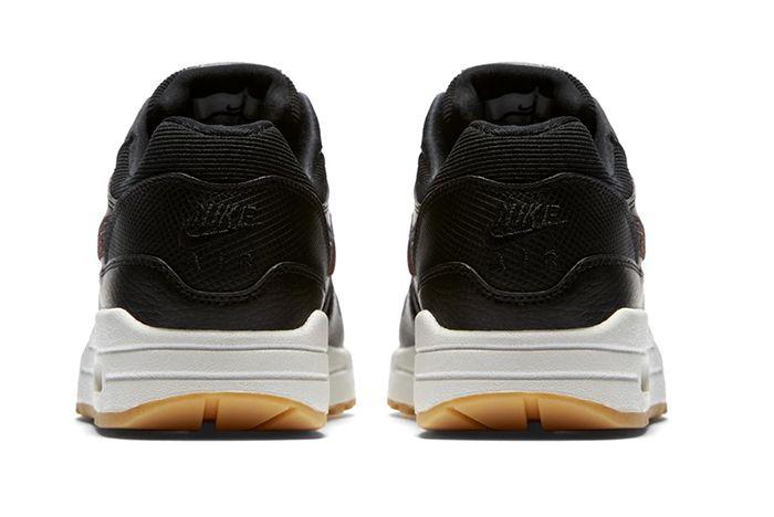 Air Max 1 Sneaker Freaker