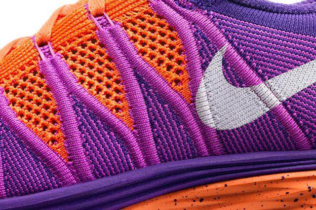 Nike Flyknit Lunar 2 Wmns Swoosh
