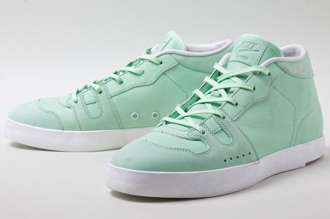 Nike Manor Fresh Mint 3 1