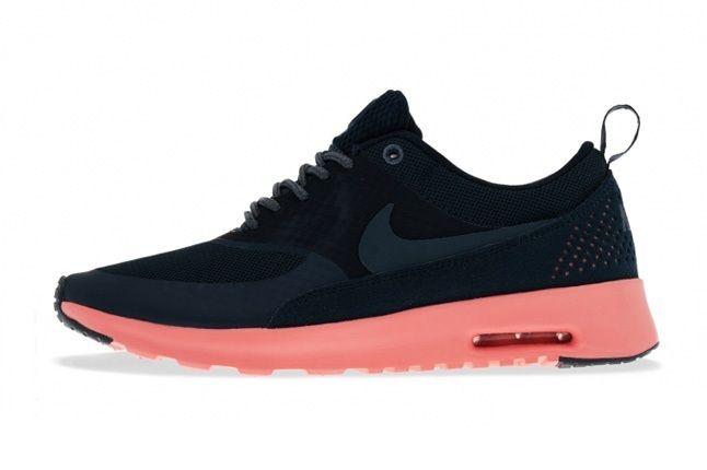 Nike Air Max Thea Black Rosepink Profile 1