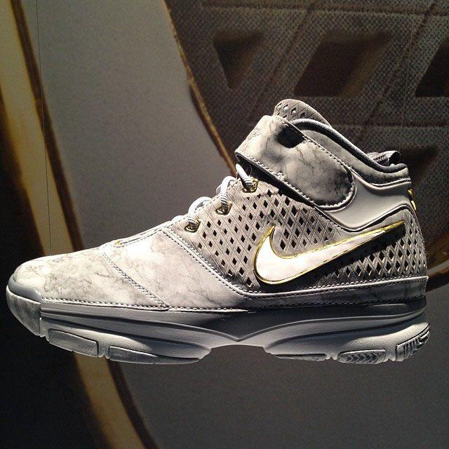 Nike Zoom Kobe 2 Prelude First