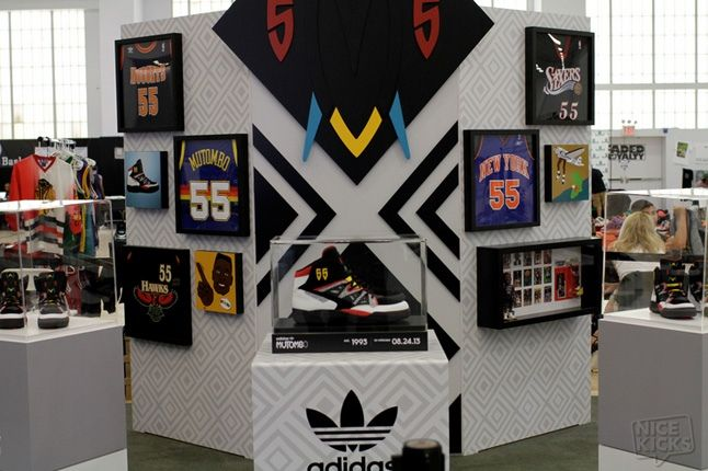 Adidas House Of Mutombo Signing Sneakercon 6