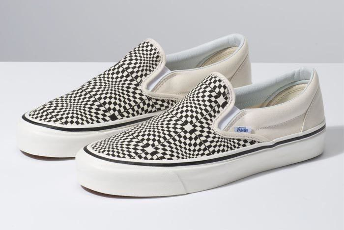 Vans Warp Check Slip On Black 1
