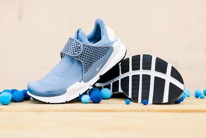Nike Sock Dart Wmns Work Blue Wht 2