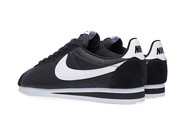 Nike Cortez Classic Black White 3