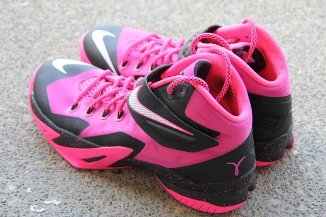Nike Zoom Le Bron Soldier 8 Think Pink 3