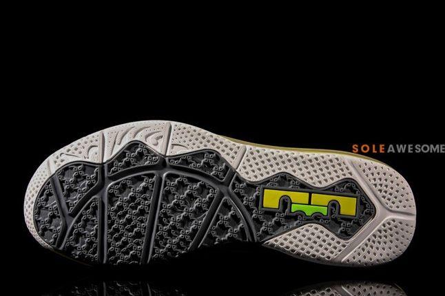Nike Lebron X Low Sonic Yellow Sole Profile 1