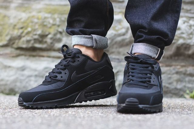 Nike Air Max 90 Triple Black 4