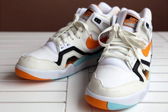 Nike Air Tech Challenge Ii White Kumquat 5