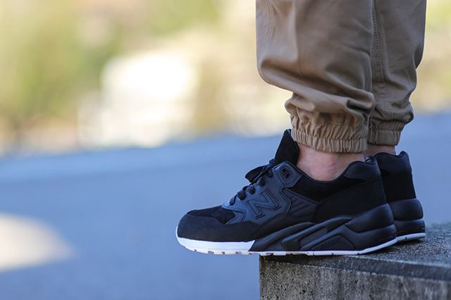 Wings Horns New Balance 580 2