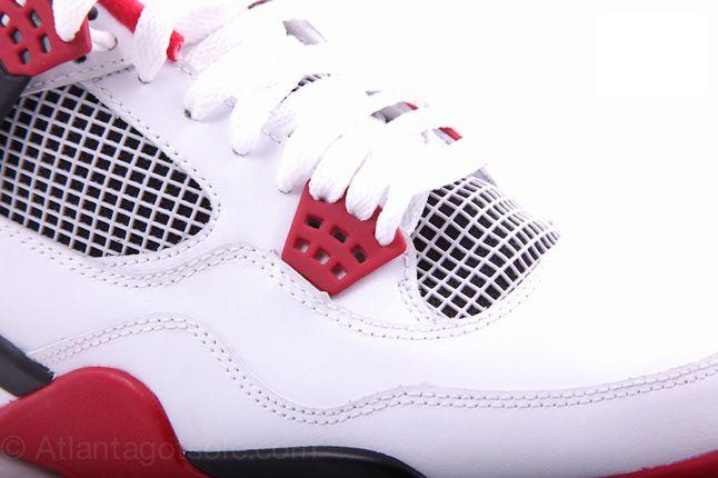 Air Jordan 4 Fire Red 05 1