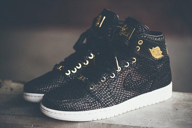 Air Jordan 1 Pinnacle Black Gold 1