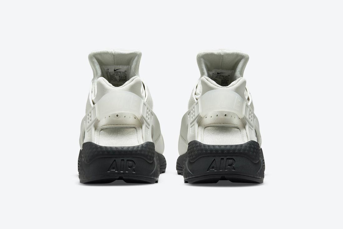 Nike Air Huarache White/Black/Reflective