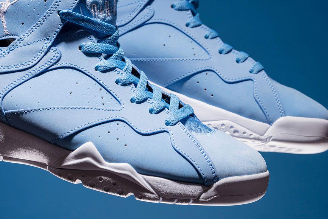 Air Jordan 7 University Pantone Blue 1
