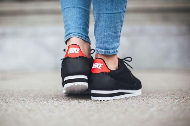 Nike Cortez Tech Fleece Black Black Red 2