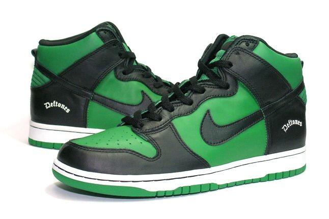 Nike Dunk Sample Deftone Side 1