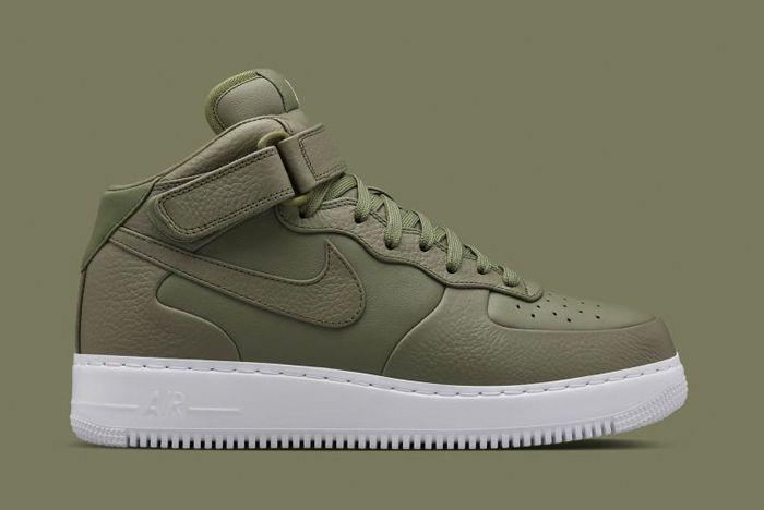 Nike Lab Monochrome Air Force Pack 5