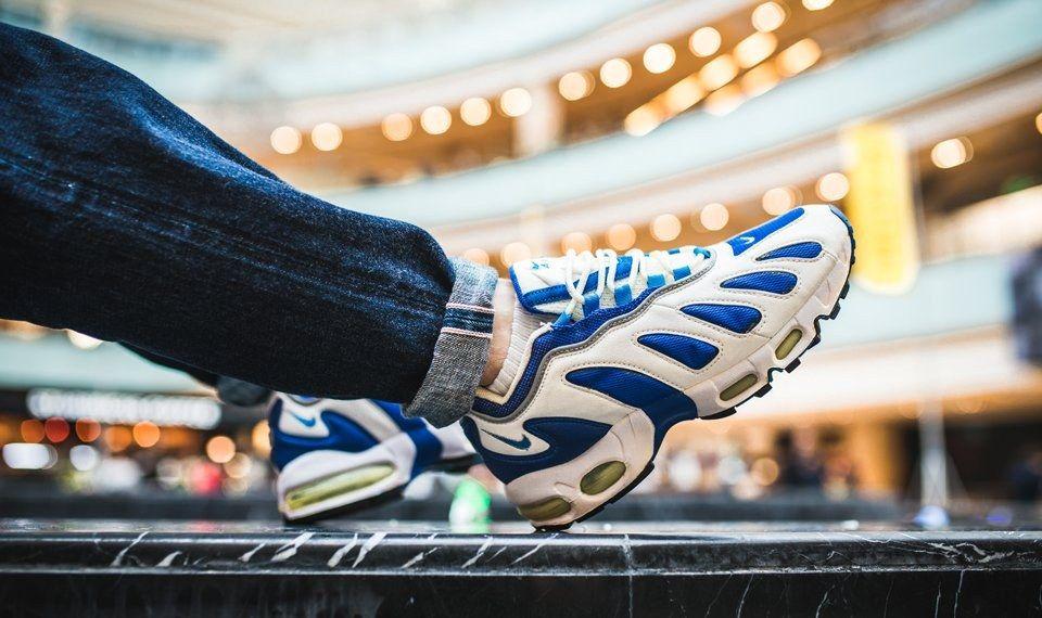 Nike Am Day Snkrshot Reverse Evolution 27