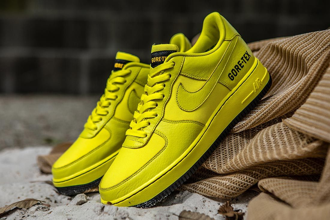 Nike Air Force 1 Gore Tex Yellow Left Side Shot