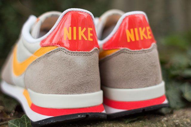 Nike Wmns Internationalist Heel