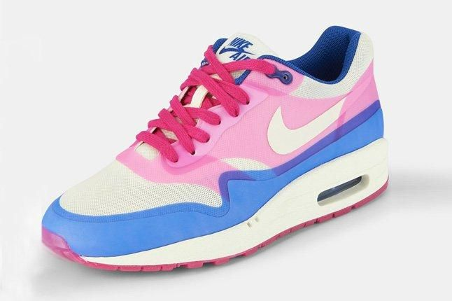 Nike Air Max 1 Hyperfuse Pink Force Quarter 1