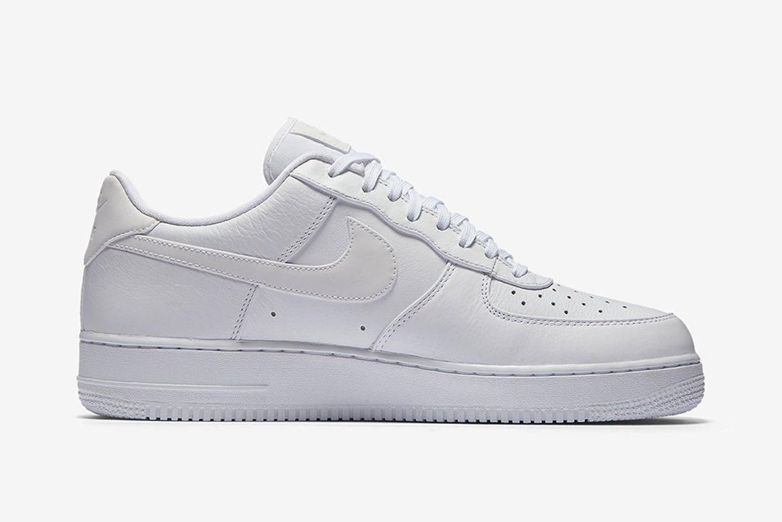 Nike Air Force 1 Refelctive Swoosh Pack 20