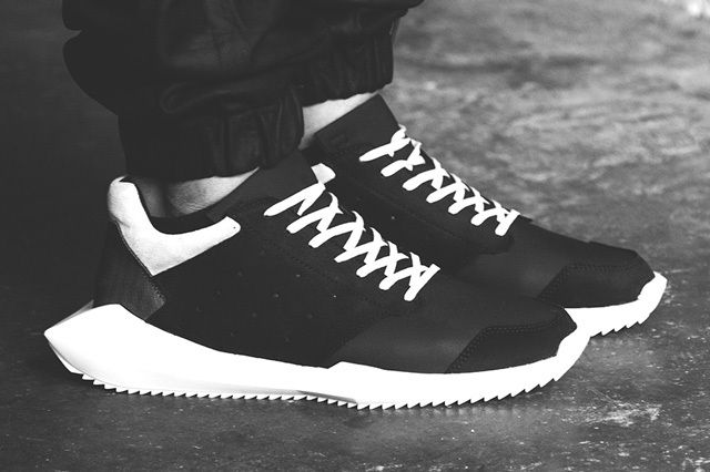 Rick Owens Tech Runner Bump Thumb