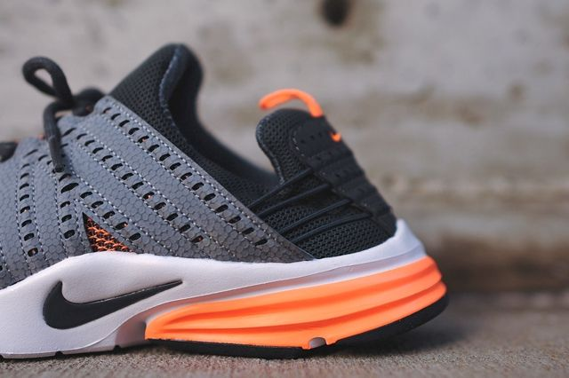Lunar Presto Atomic Orange 4