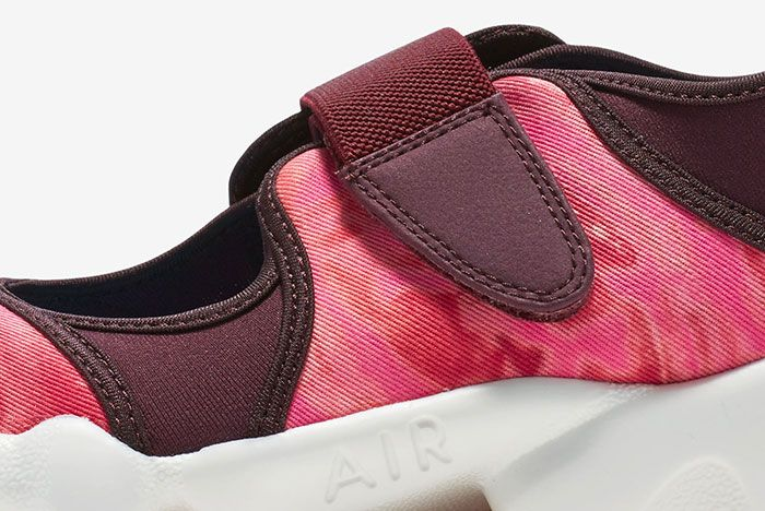Nike Air Rift Valley Pack 13