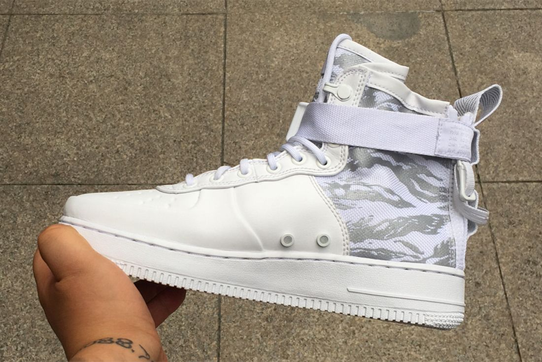 Ice Cold Nikes Sf Af 1 Appears In White Tiger Snow Camo5