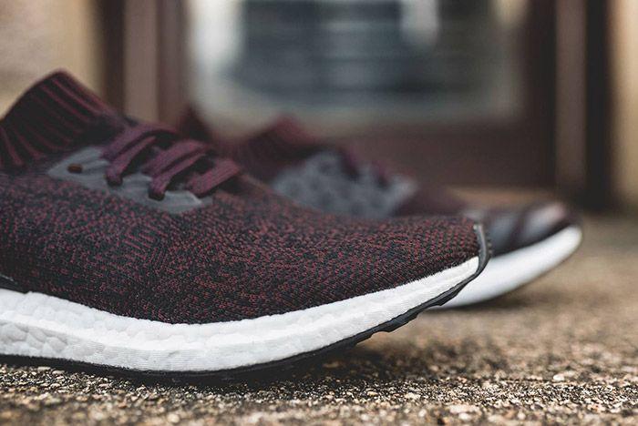 Adidas Ultraboost Uncaged Dark Burgundy 3