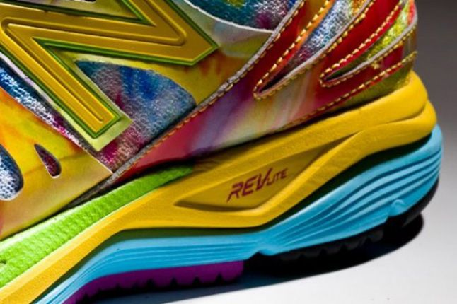 New Balance M890V3 Rainbow Spring 2013 Sole Detail 1