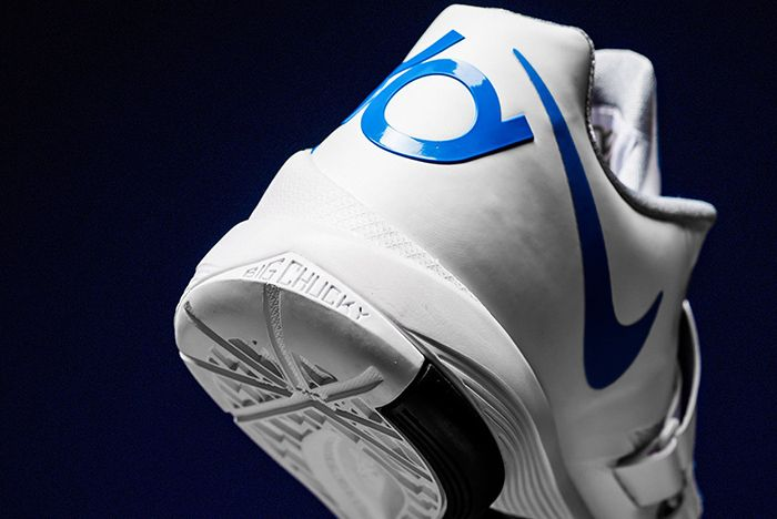 Nike Kd 4 Thunderstruck Aq5103 100 1 Sneaker Freaker