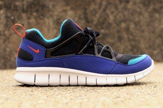 Nike Free Huarache Light Profile 1