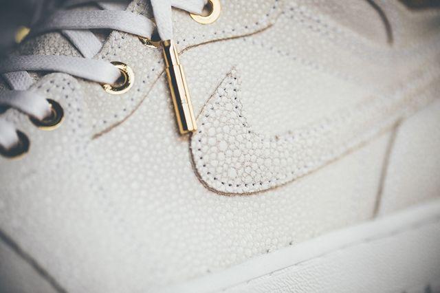 Air Jordan 1 Pinnacle Gold 5