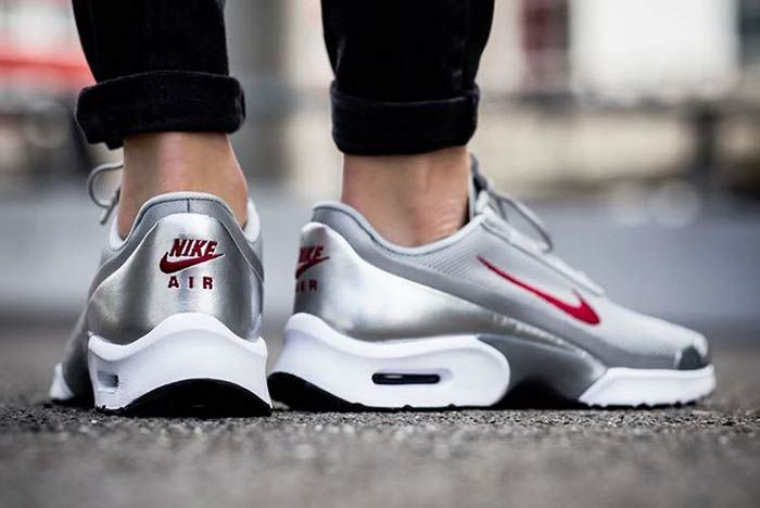 Nike Air Max Jewell Silver Bullet 2