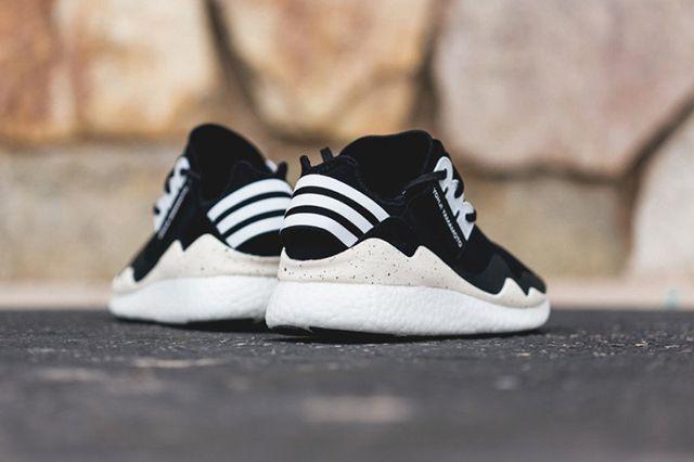 Adidas Y 3 Retro Boost 2