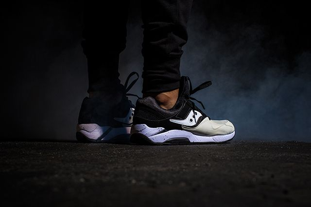Saucony Grid 9000 Hallowed Pack 8