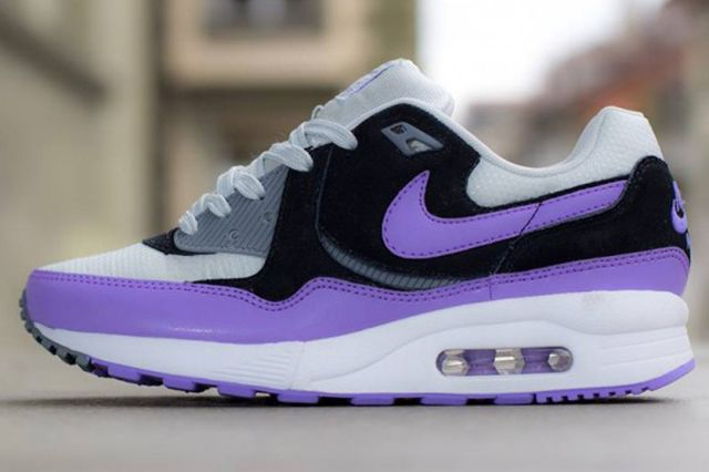 Nike Air Max Light Atmoic Violet 1