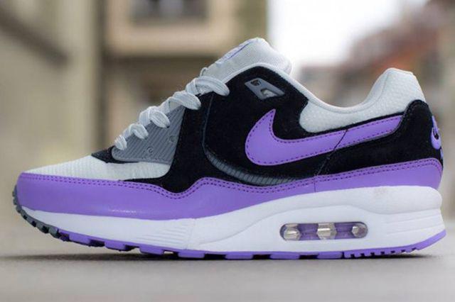 Nike Air Max Light Atmoic Violet 1