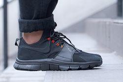 Nike Free Ace Leather Black Uni Red Thumb