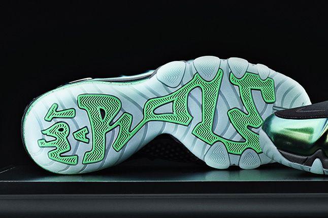 Nike Barkley Posite Max Metallic Green Sole 1