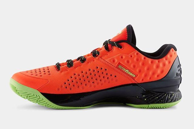 Ua Curry One Low Bolt Orange Avex Green 1