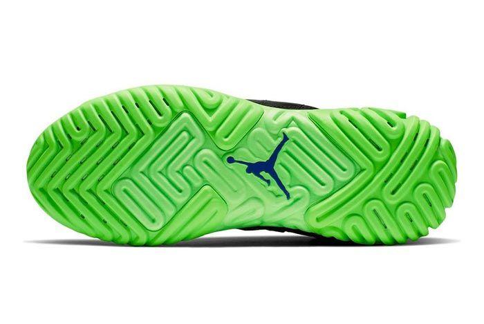 Jordan Proto React Black Green Release Sole Shot