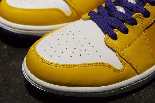 Air Jordan 1 Lakers Toebox 1