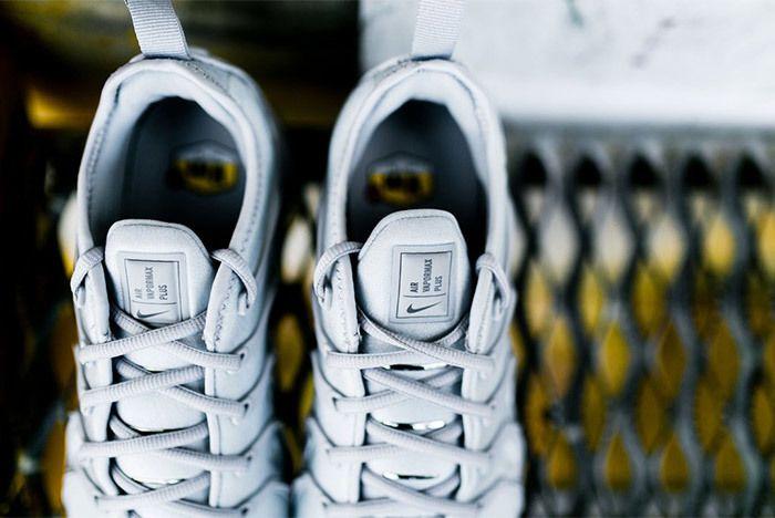 Nike Air Vapor Max Plus Wolf Grey Dark Grey Sneaker Freaker 6